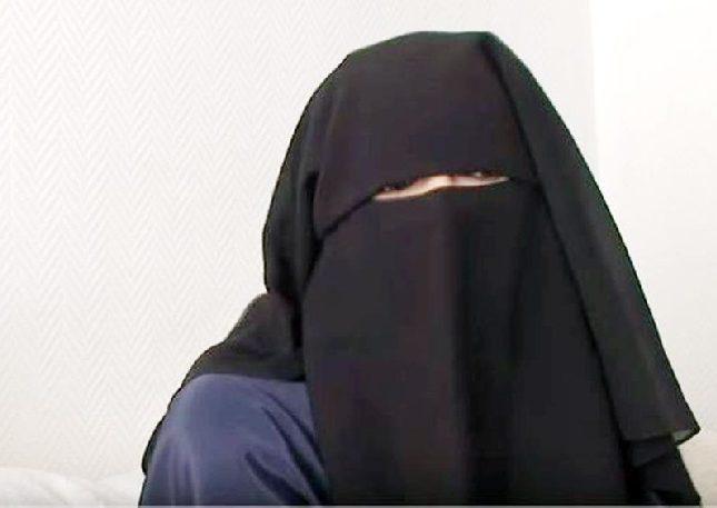 """شاهد: أشهر """"داعشية"""" فرنسية تخلع النقاب وتدعو لإعادتها إلى فرنسا"""