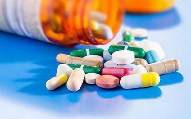 استشاري يحذر من تناول أدوية الضغط مباشرة عند الإفطار في رمضان