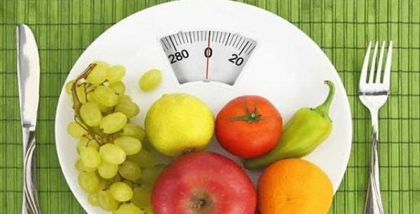 موقف مُحرج يجعل امرأة تفقد 45 كيلو جرام من وزنها خلال عام واحد