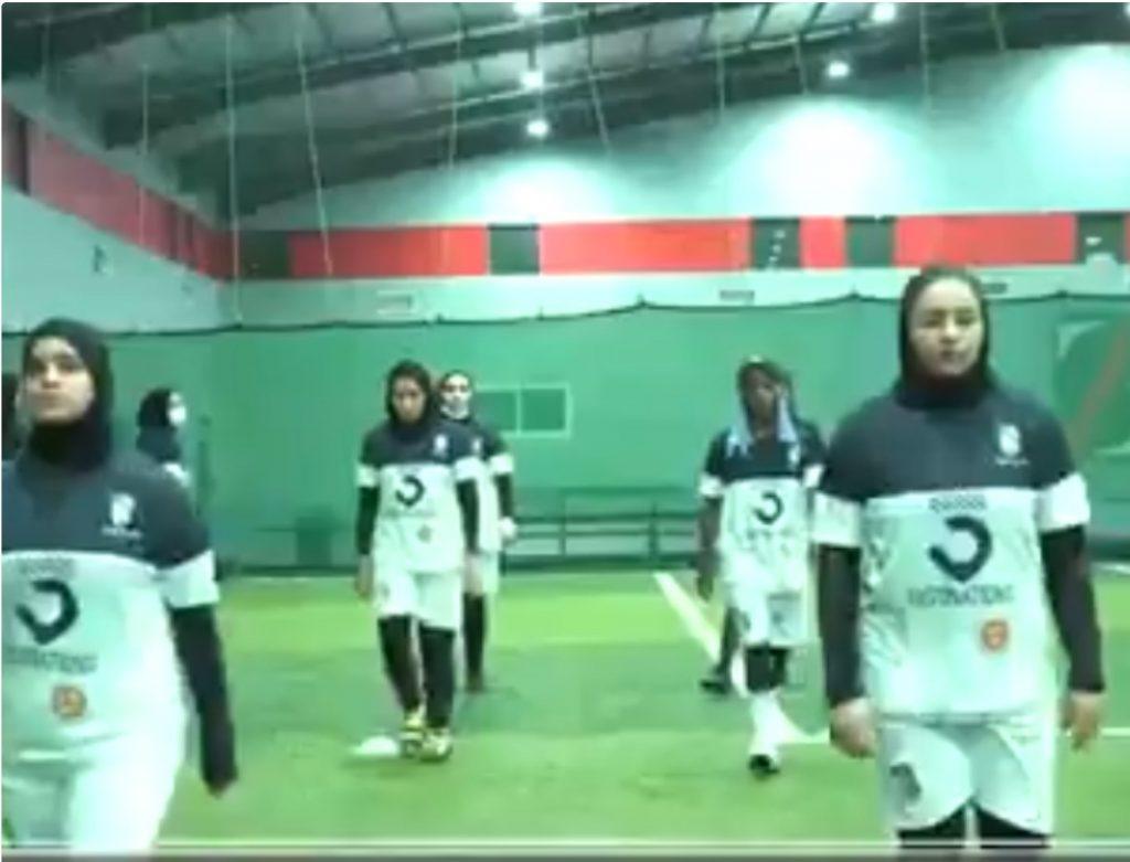 شاهد.. أول فريق لكرة القدم النسائية ، والمديرة التنفيذية تكشف أكثر الصعوبات التي واجهة الفريق